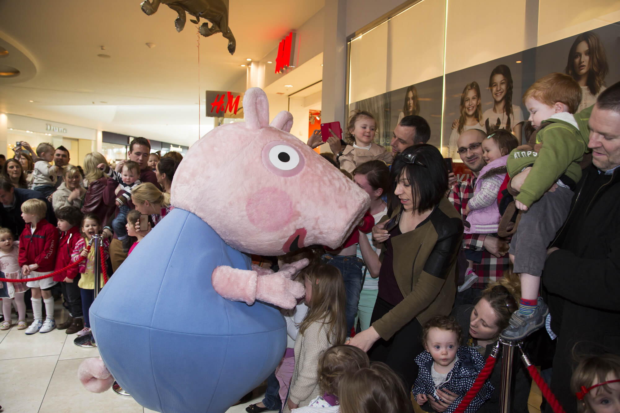 Project - Peppa Pig & George Meet & Greet - Client Whitewater Shopping Centre 1
